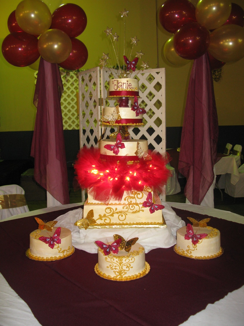 Images Of Quinceanera Cakes
