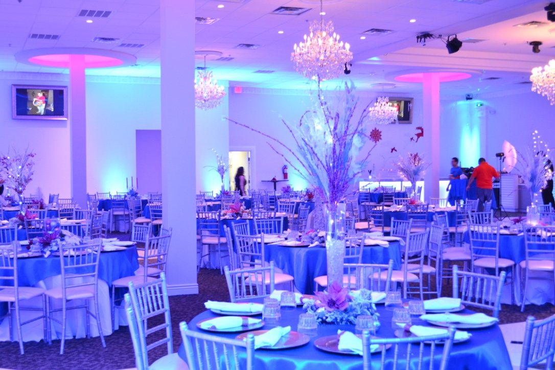 Quinceanera halls in dallas tx reception halls in dallas for Wedding dress rentals dallas tx